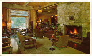 A postcard photo of the lobby in 1950